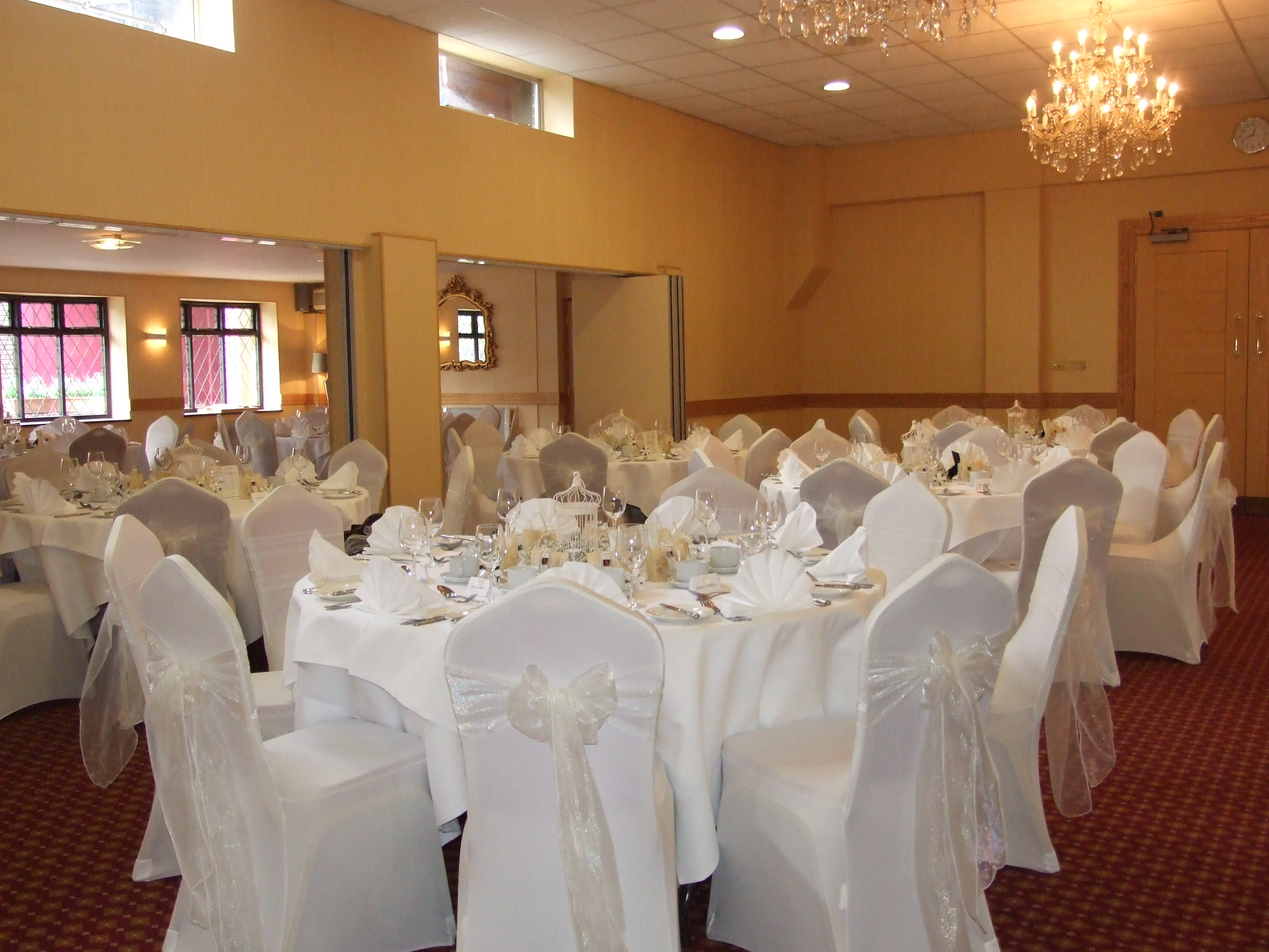 table linen and chair cover hire west sussex surrey